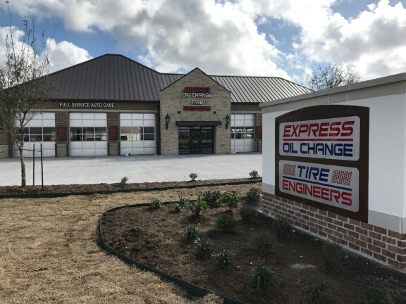Express Oil Change & Tire Engineers League City, TX - Tuscan Lakes store