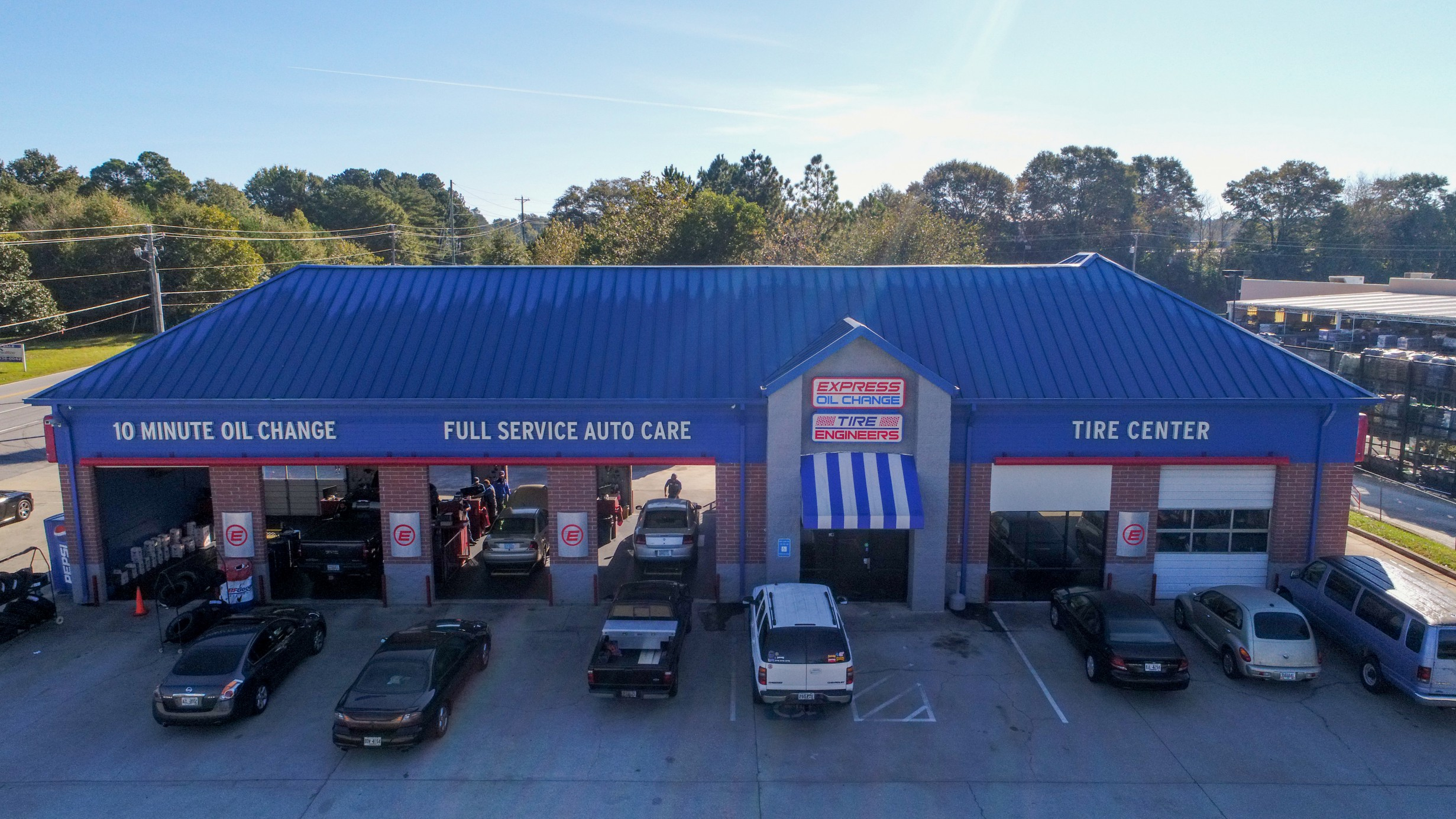 Express Oil Change & Tire Engineers Carrollton, GA - Central High Road store