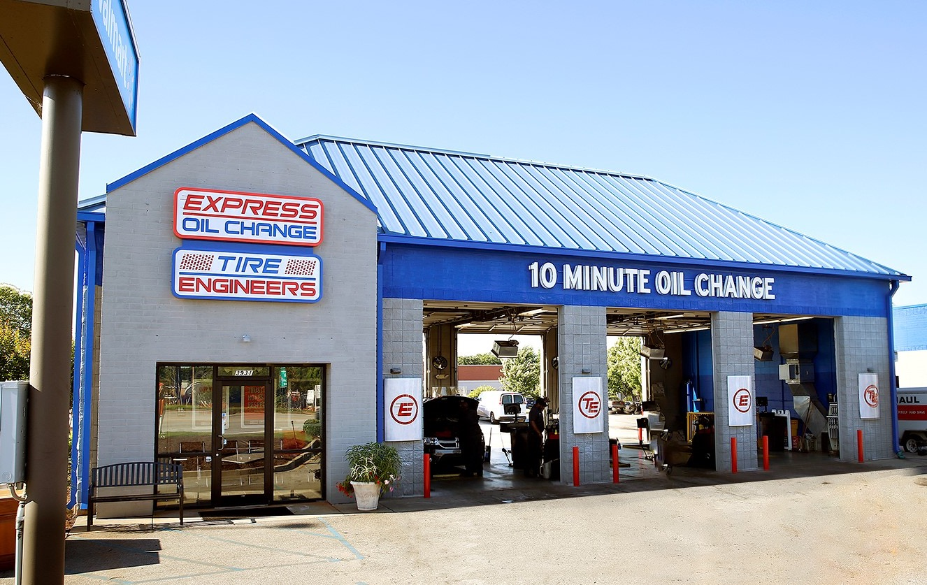 Express Oil Change & Tire Engineers Greenville, SC - Pelham Road store