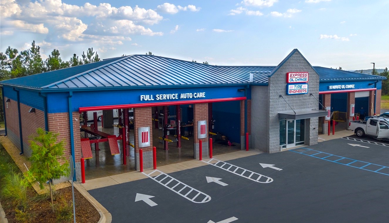 Express Oil Change & Tire Engineers Hoover, AL - The Grove store
