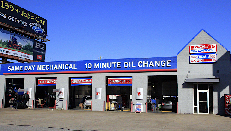 Express Oil Change & Tire Engineers Oxford, AL - Quintard Mall store