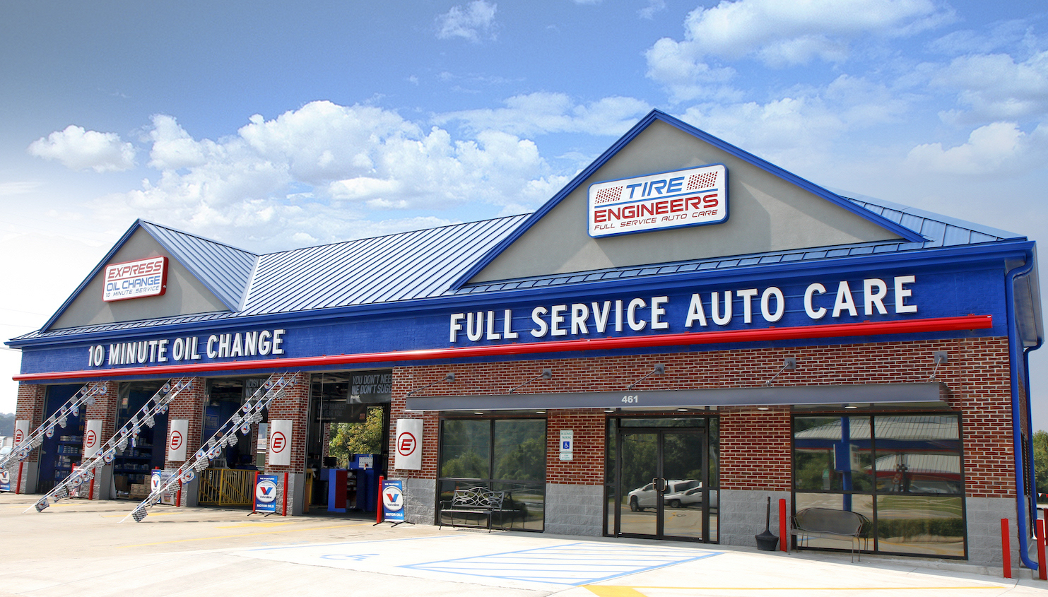Express Oil Change & Tire Engineers Pelham, AL - Oak Mountain store