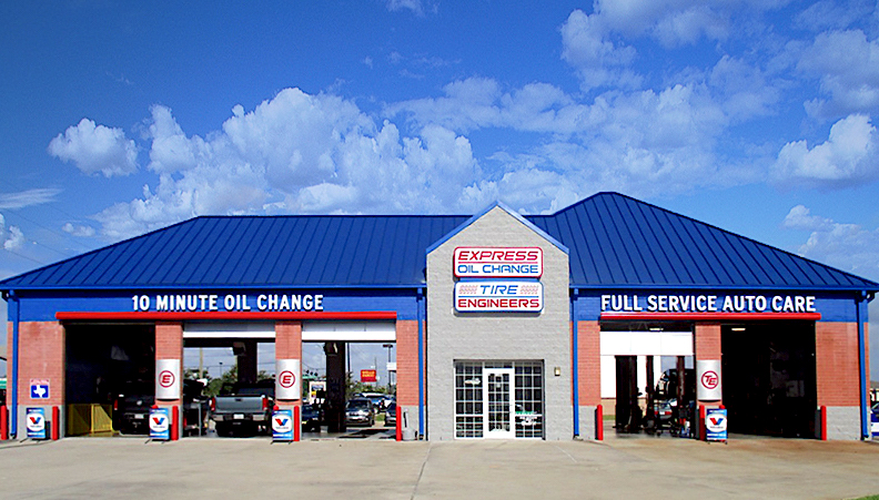 Express Oil Change & Tire Engineers Spring, TX - Hannover Woods store