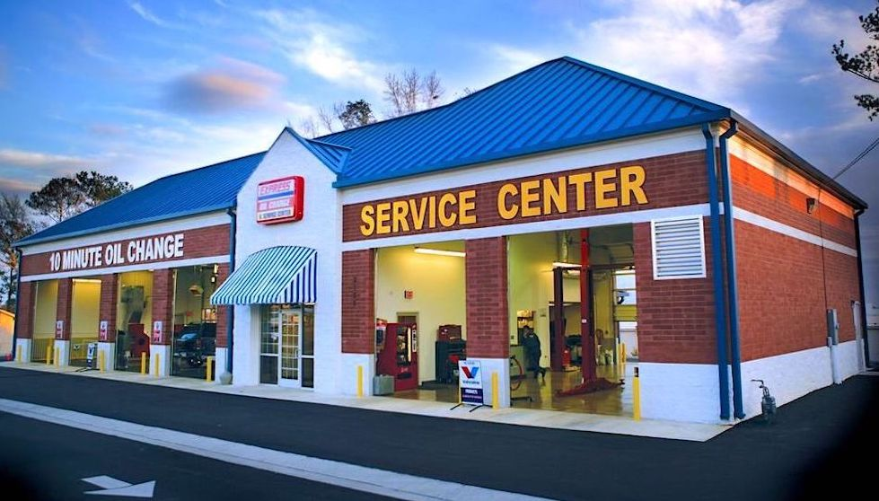 Express Oil Change & Service Center Pensacola, FL - Nine Mile Road store