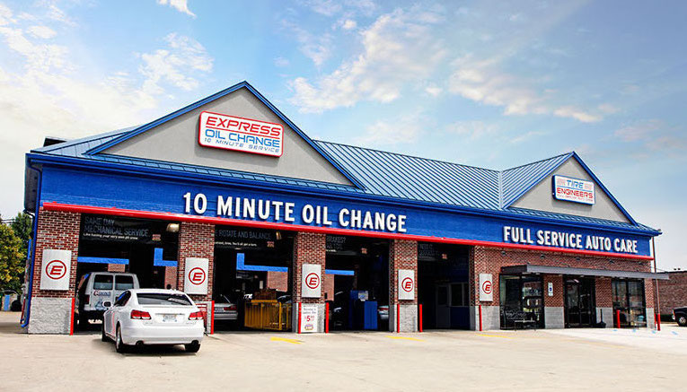 Express Oil Change & Tire Engineers Tuscaloosa, AL - 15th Street store