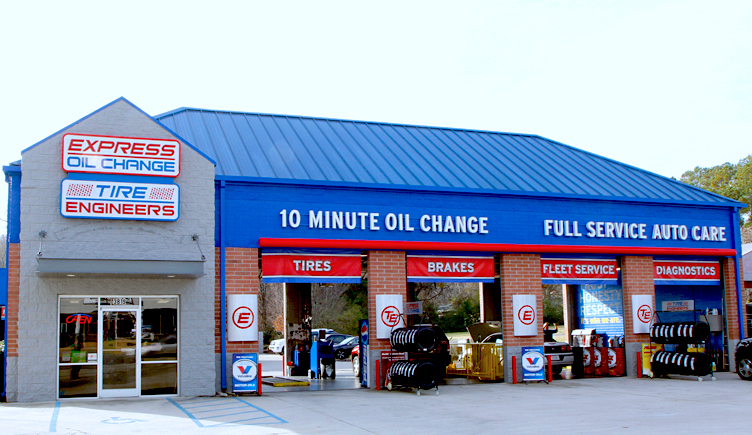 Express Oil Change & Tire Engineers at Huntsville, AL - University Drive store