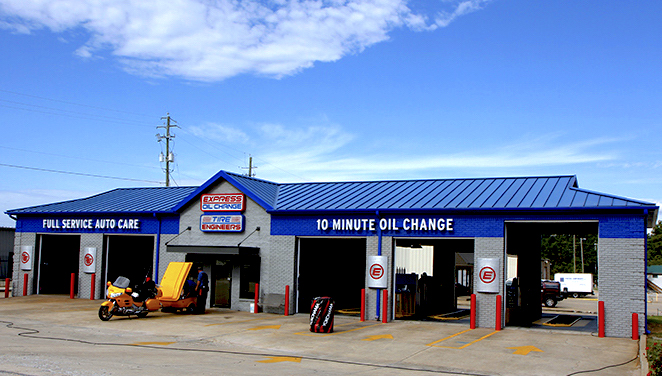 Express Oil Change & Tire Engineers Pelham, AL - Highway 31 South store