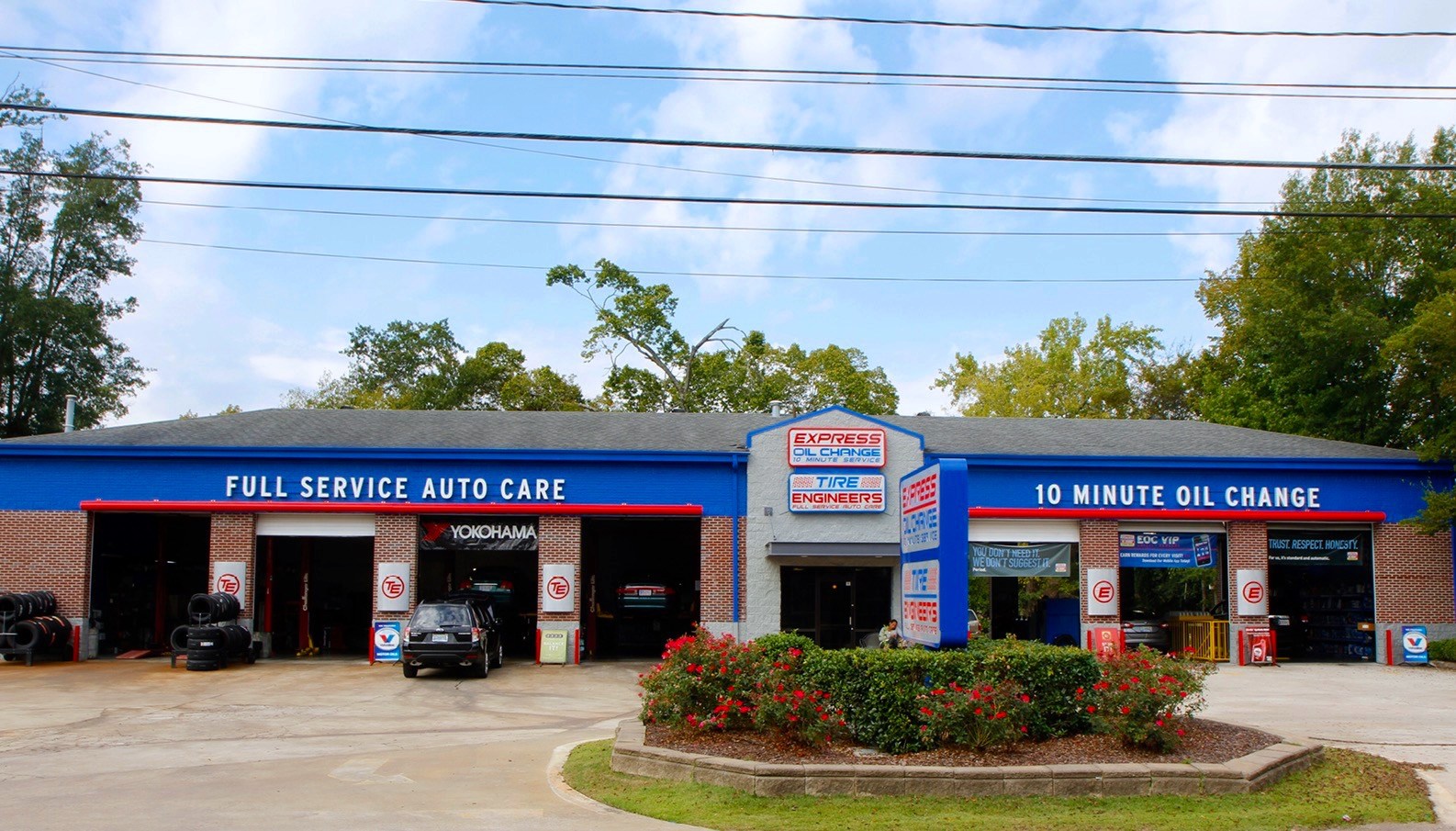 Express Oil Change & Tire Engineers at Vestavia Hills, AL - Cahaba Heights store