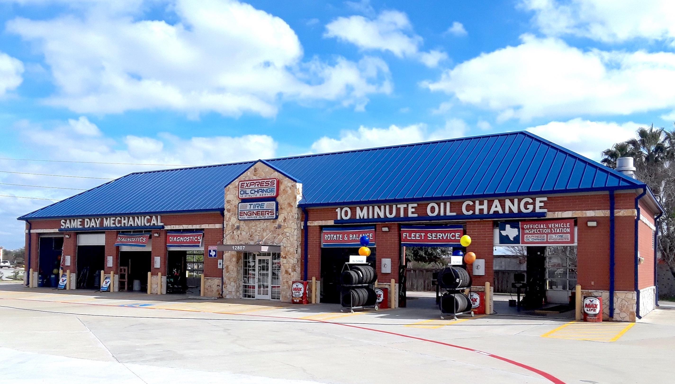 Express Oil Change & Tire Engineers Houston, TX - Eldridge Crossing store