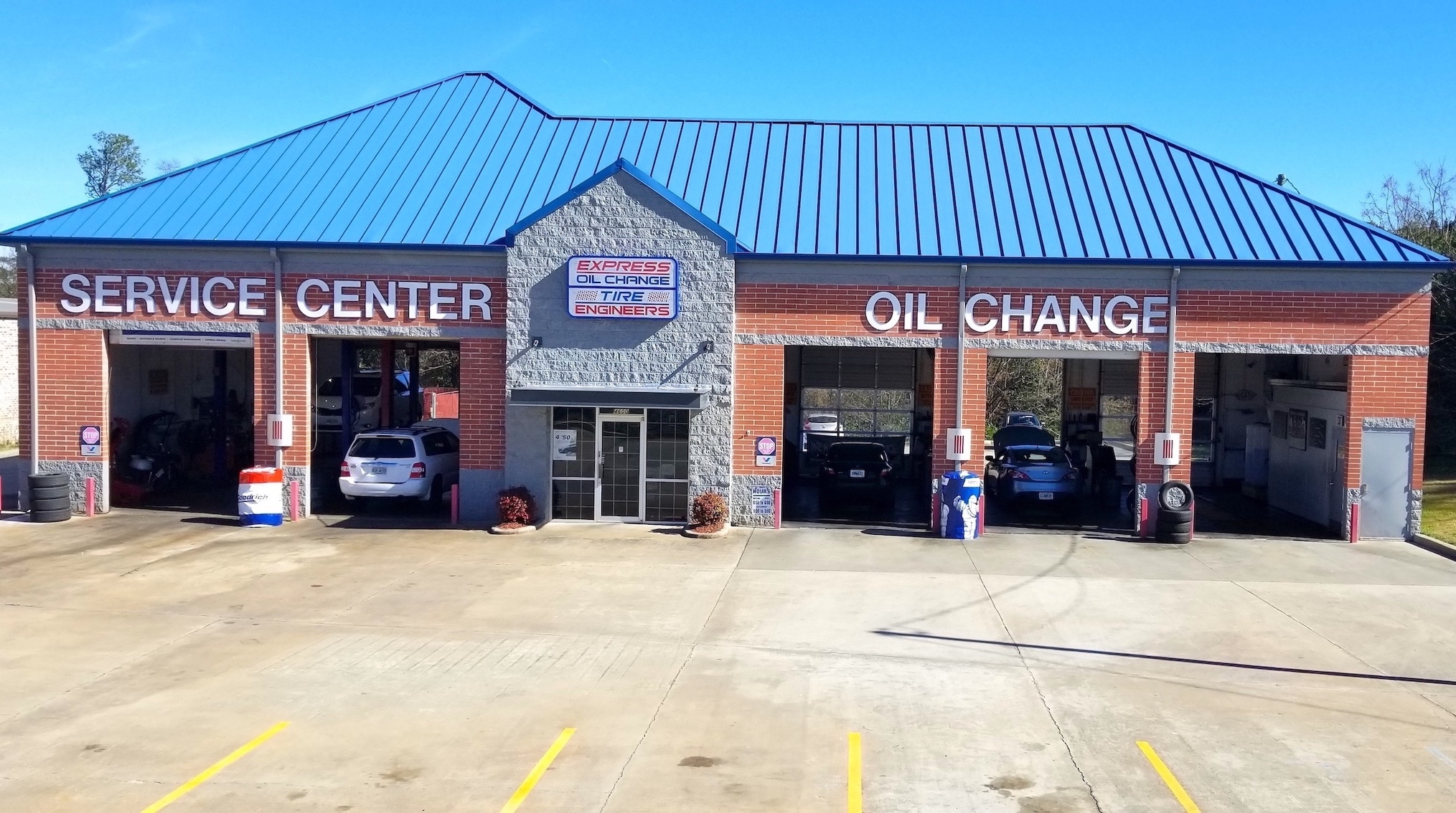 Express Oil Change & Tire Engineers Macon, GA - Log Cabin Drive store