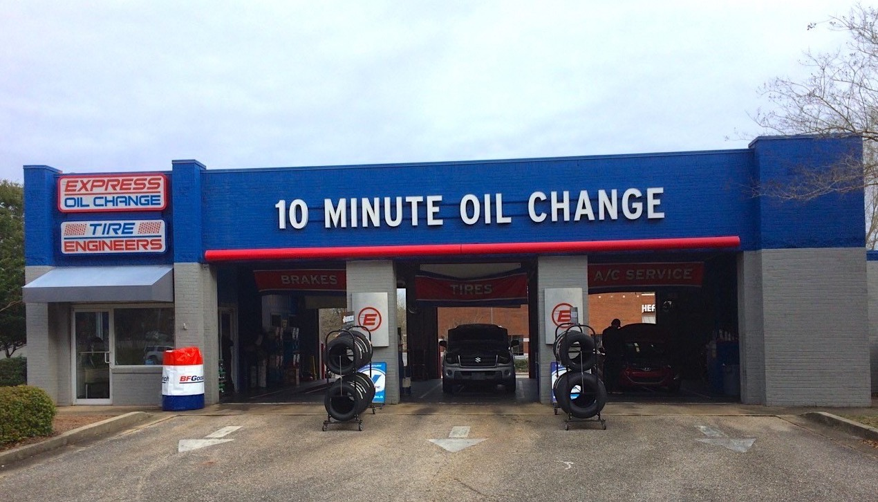 Express Oil Change & Tire Engineers at Mobile, AL - Grelot Road store