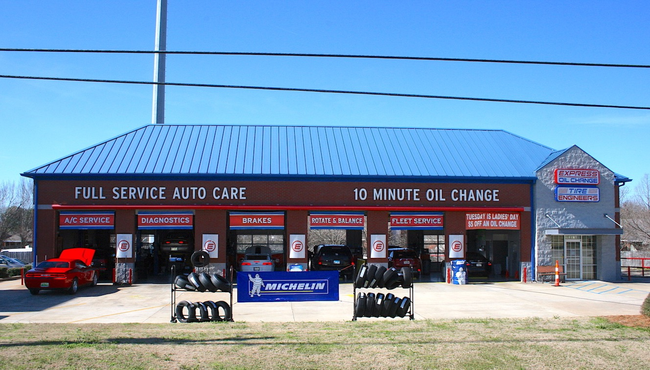 Express Oil Change & Tire Engineers Montgomery, AL - Taylor Road store