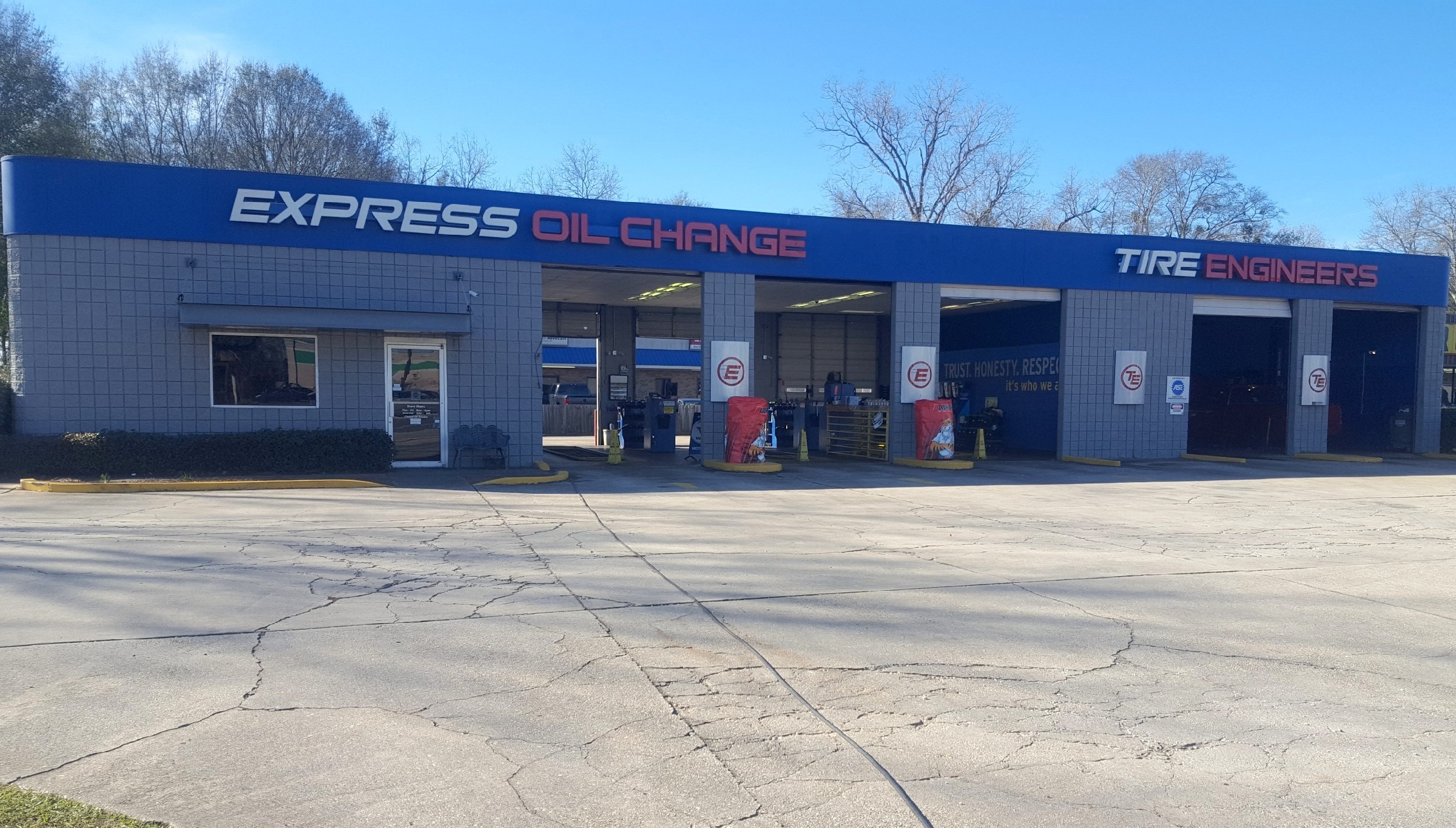 Express Oil Change & Tire Engineers Robertsdale, AL store