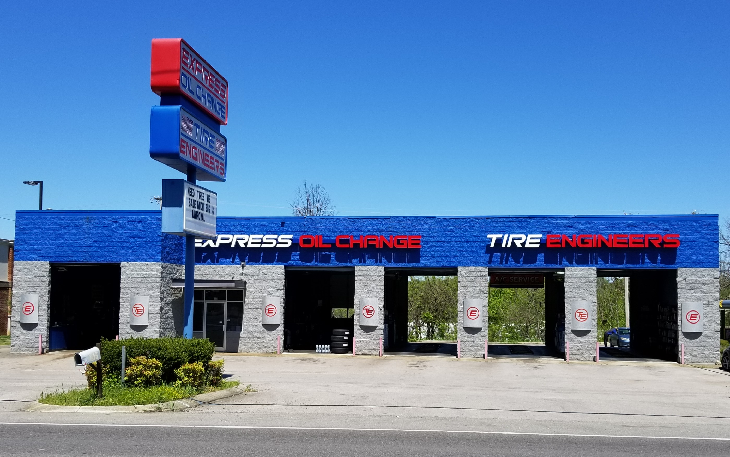 Express Oil Change & Tire Engineers Columbia, TN store