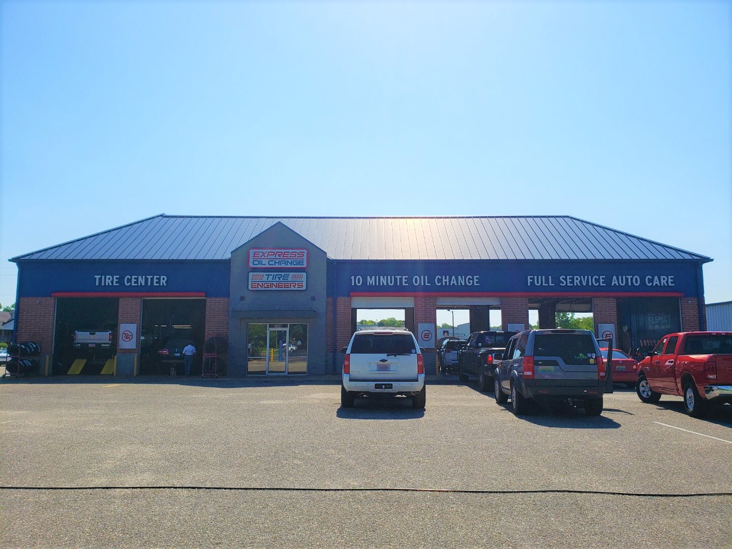 Express Oil Change & Tire Engineers at Foley, AL store