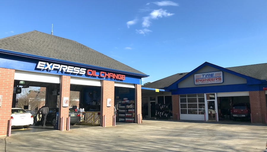 Express Oil Change & Tire Engineers at Birmingham, AL - Mountain Brook store