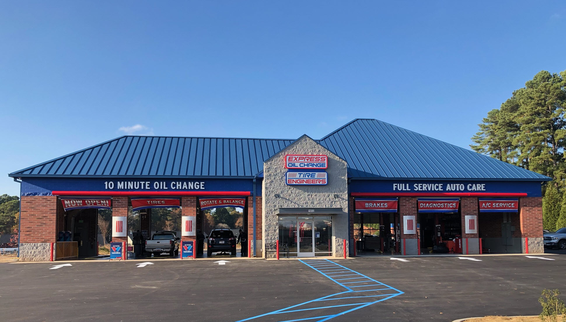 Express Oil Change & Tire Engineers Anderson, SC - Windsor Place store