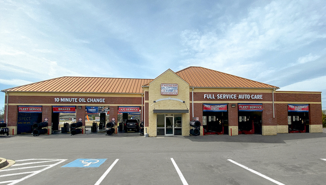 Express Oil Change & Tire Engineers at Fort Mill, SC - Gold Hill Road store