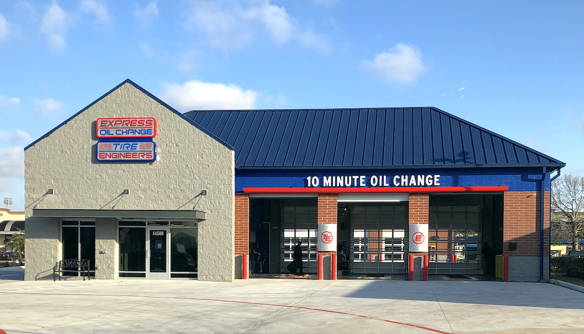 Express Oil Change & Tire Engineers at Houston, TX - Memorial store