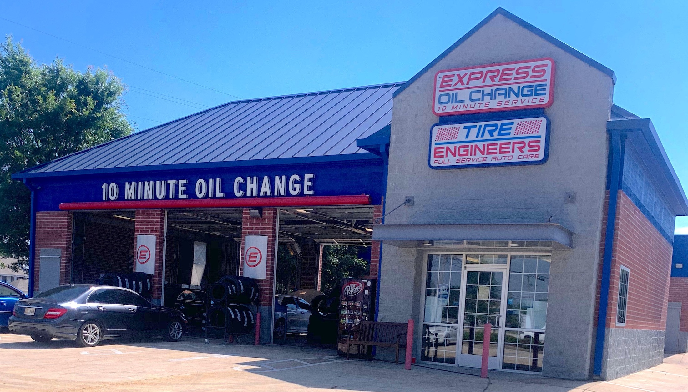 Express Oil Change & Tire Engineers Tupelo, MS - Barnes Crossing store