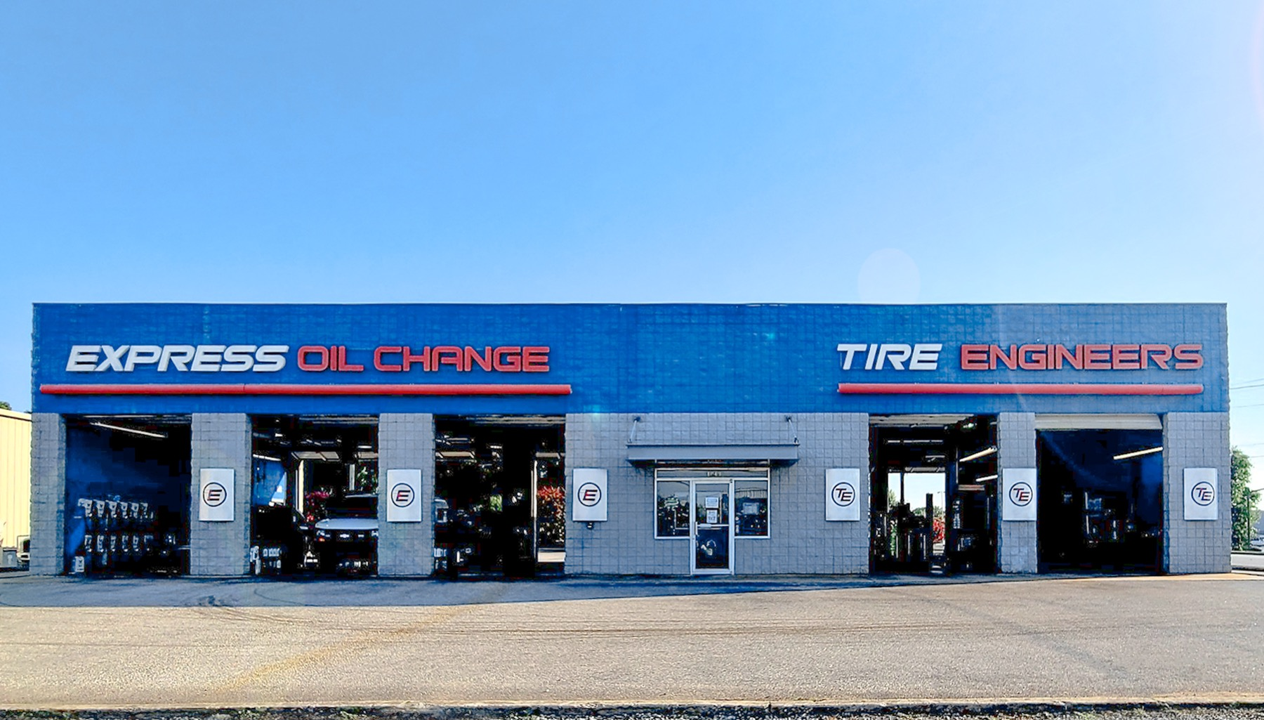 Express Oil Change & Tire Engineers at Athens, AL - East store