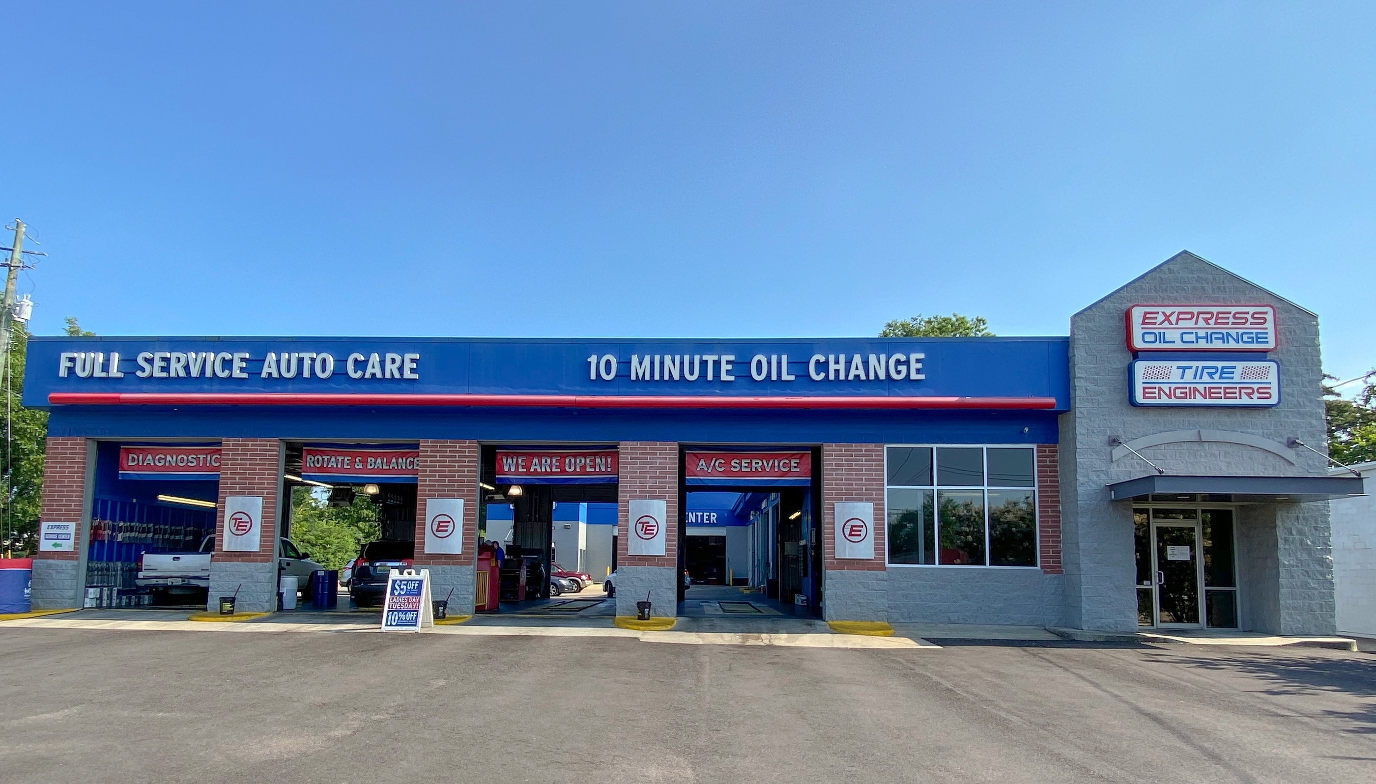 Express Oil Change & Tire Engineers Gardendale, AL - East store