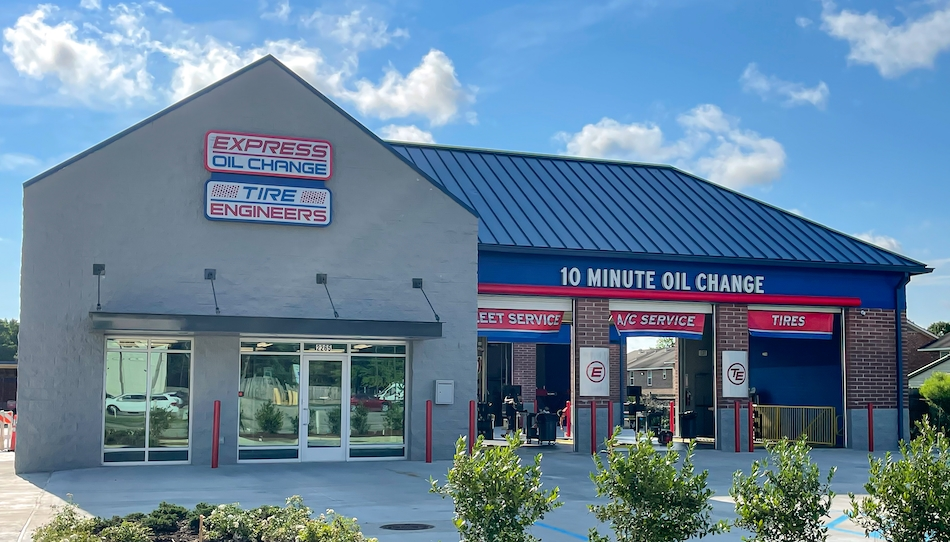 Express Oil Change & Tire Engineers Baton Rouge, LA – O'Neal store