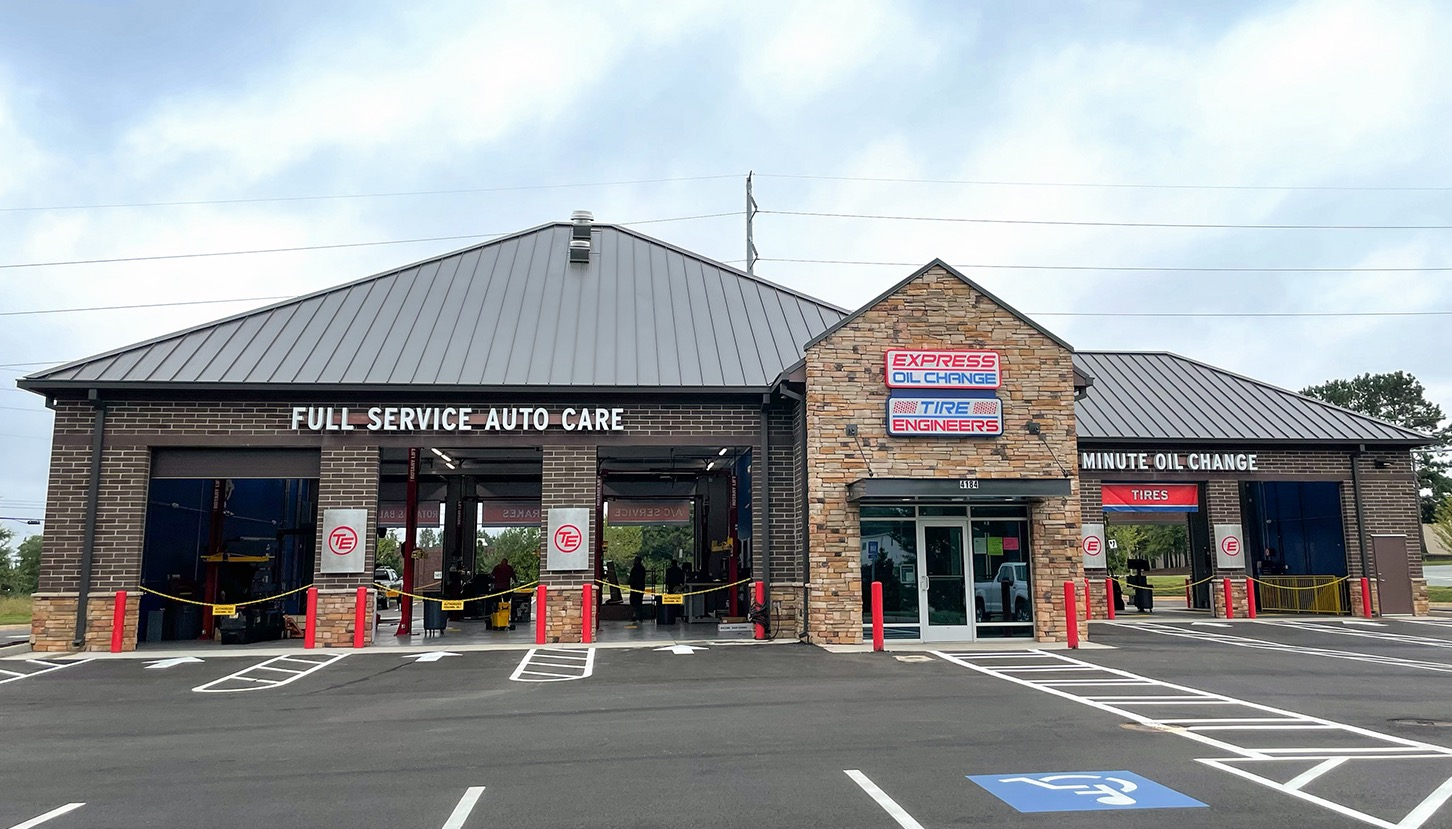 Express Oil Change & Tire Engineers at Kennesaw, GA - Shiloh Square store