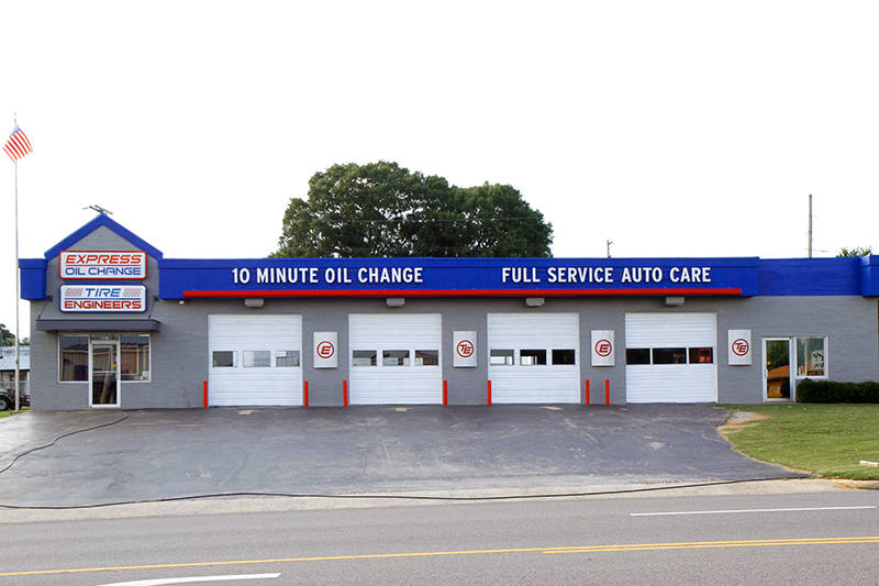 Express Oil Change & Tire Engineers Florence, AL - Dr. Hicks Boulevard store